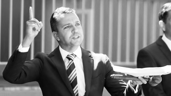 Real estate auctioneer Sydney