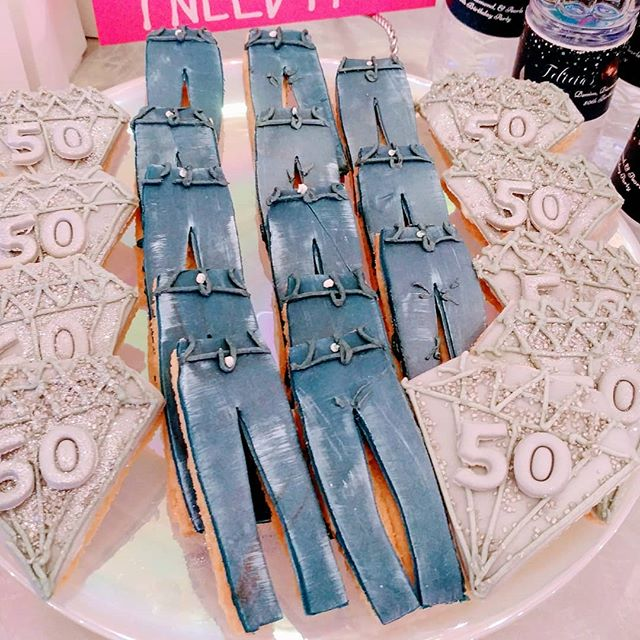 Denim and Diamonds_Denim jean Cookies an