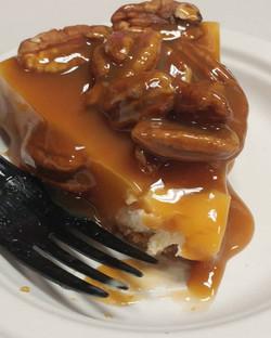 Servings 6-8_Caramel pecan roasted chees
