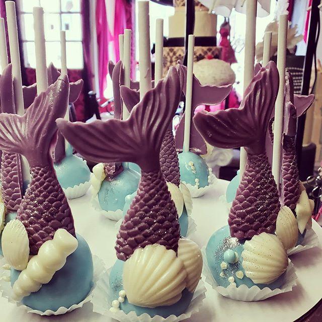 #mermaid tail #cakepops #underthesea  EM