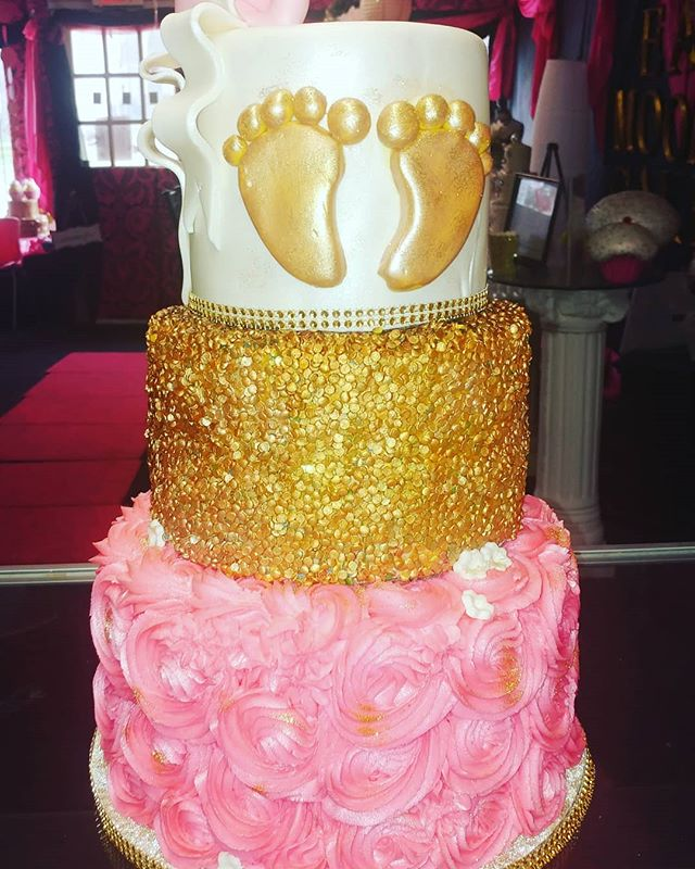 #golden feet_Servings 75_Cake_ all vanil
