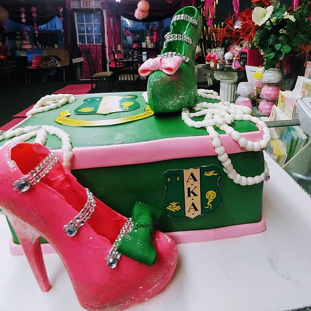 pink and green shoes today_All edible ex
