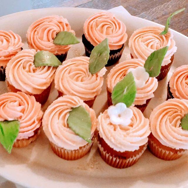 ❤Regular cupcakes- Rosette style-Lemon p