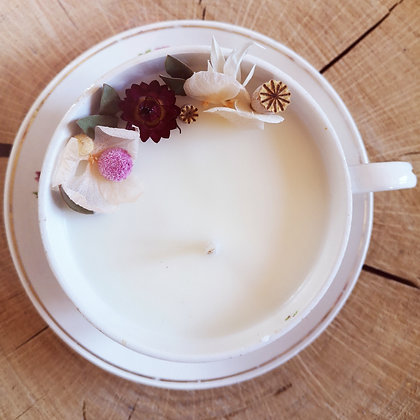 Bougie fleurie parfum Pomme Cannelle