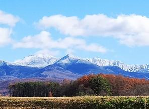 八ヶ岳も雪化粧。横谷峡の今朝は氷点下1℃