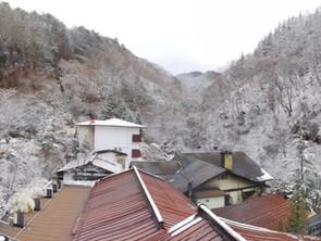 横谷渓谷に初積雪