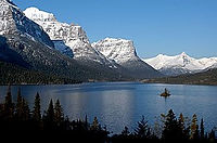273px-Saint_Mary_Lake_and_Wildgoose_Isla