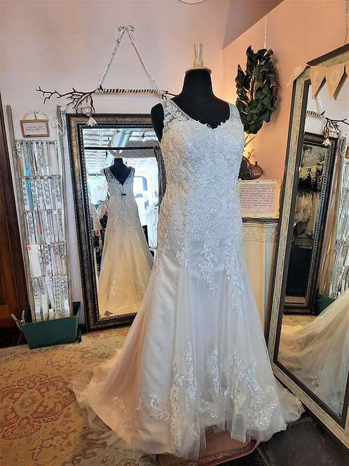 Dress 2295 Label Size 18 Fits 18