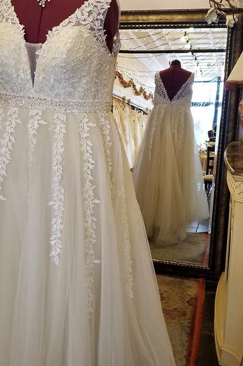 Dress 1434 Label Size 18 fits 18