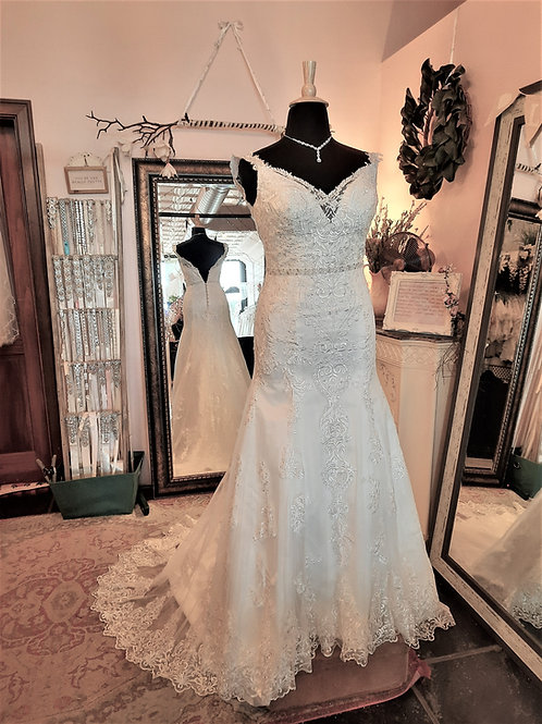 Dress 2286 Label Size 14 Fits 14