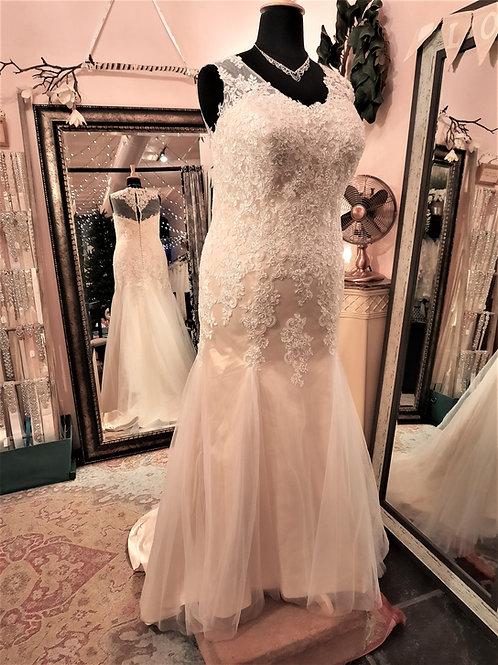 Dress 2210 Label Size 20 Fits 20
