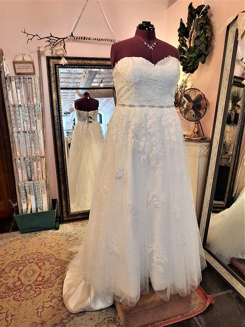 Dress 2202 Label Size 24 Fits 24