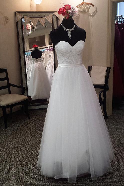Dress 1320 Label Size 12 fits 10
