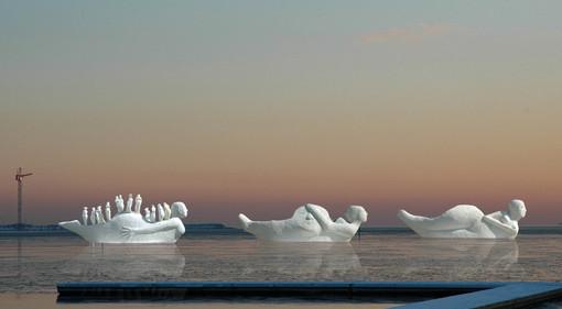 Fotomontage af Life-boats modeller i 1:5 i solnedgangenedgang til forside.jpg