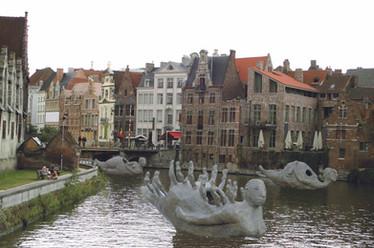 Fotomontage af Life-boats bronze modeller 1:40 i kanal i Belgien