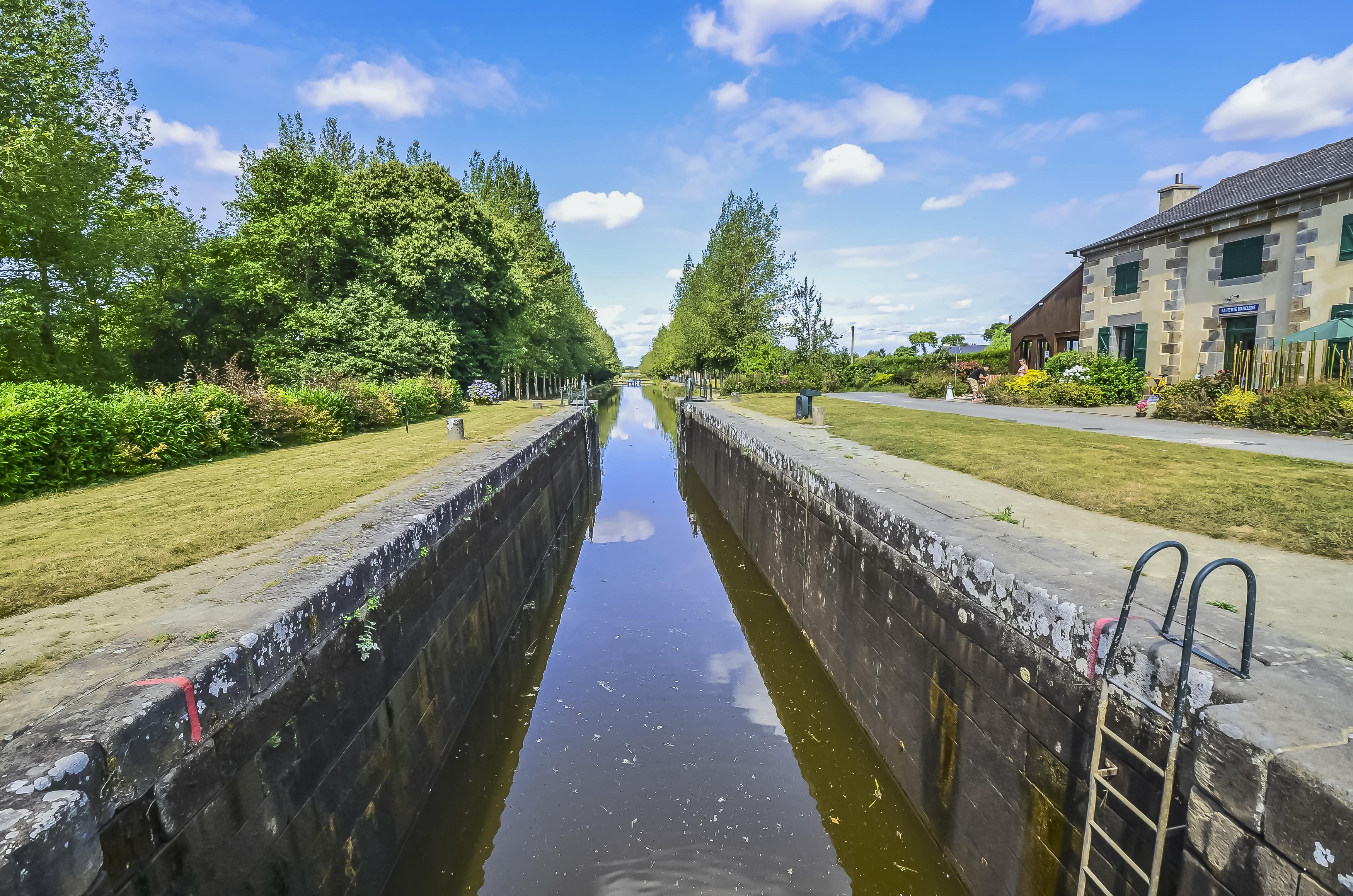 le canal d'Ille-et-Rance la V2