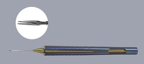 ISOCLEAN™ Iridectomy Scissors