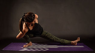 Yoga pose 009.jpg
