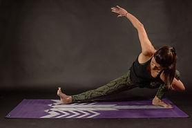 Yoga pose 007.jpg