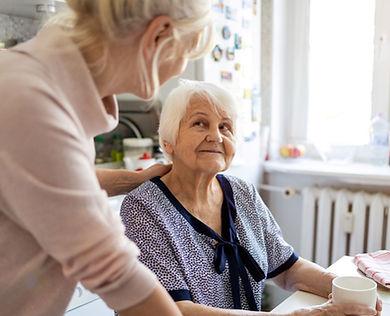 Senior%20woman%20looking%20up%20at%20car