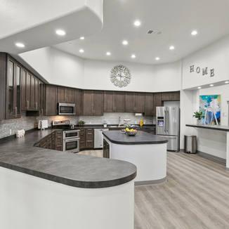Gourmet chefs kitchen.jpg