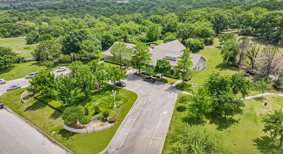 Outdoor aerial view of Lake Point Assisted Living in Denison, TX