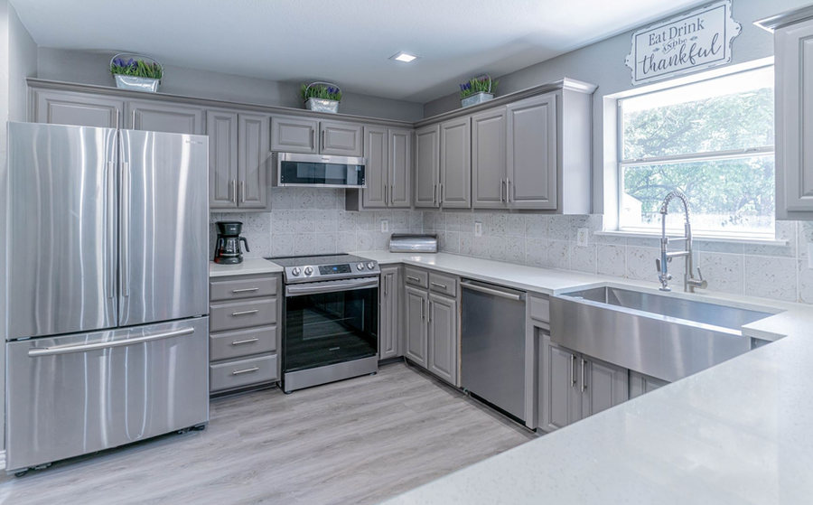 Beautiful kitchen with new appliances