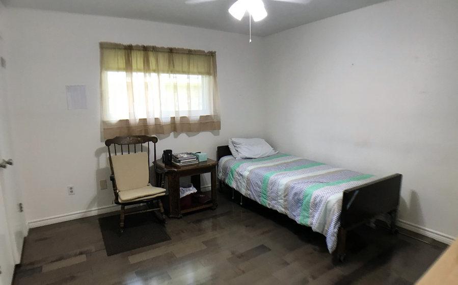 resident room 4 again.jpeg