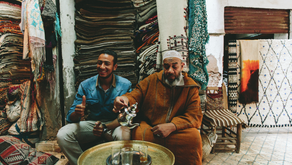 THE STORIES & SECRETS OF MOROCCO´S RUGS