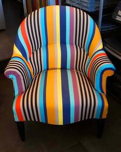 artisan-tapissier-royan-fauteuil-crapaud