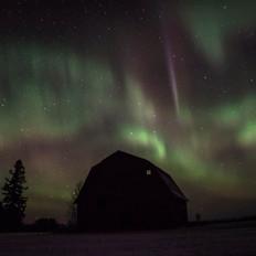 northern lights barn-2.jpg