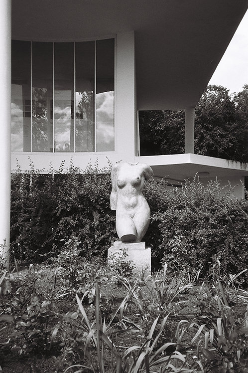 Woman torso at Villa Stenersen