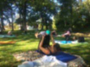 AOUM.yogaMamaBaby_bearbeitet.jpg
