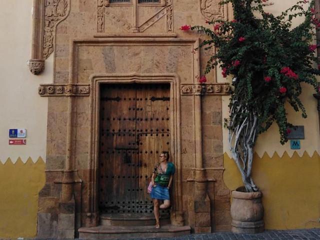 Author pose in Las Palmas in 2019.