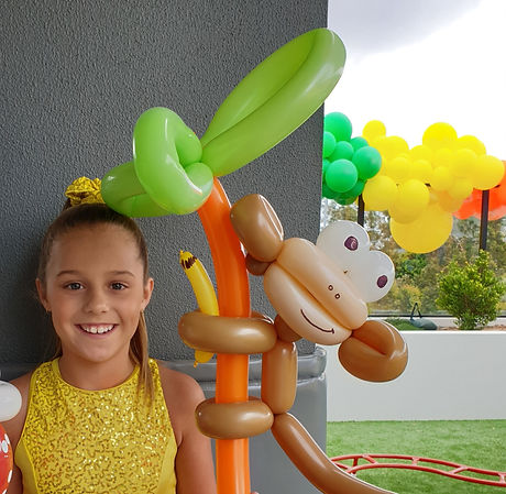 Balloon%2520Twisting_edited_edited.jpg