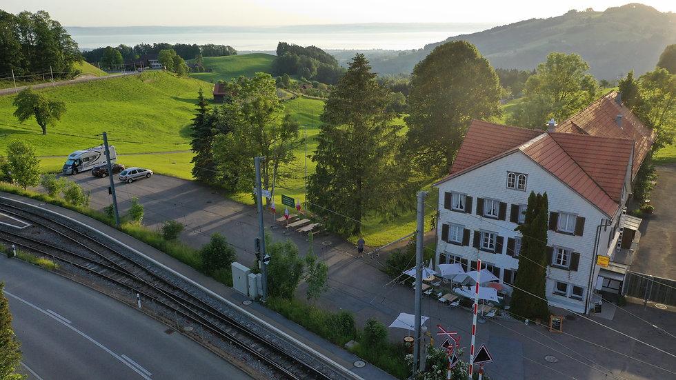 Blick Restaurant und Bodednsee.JPG