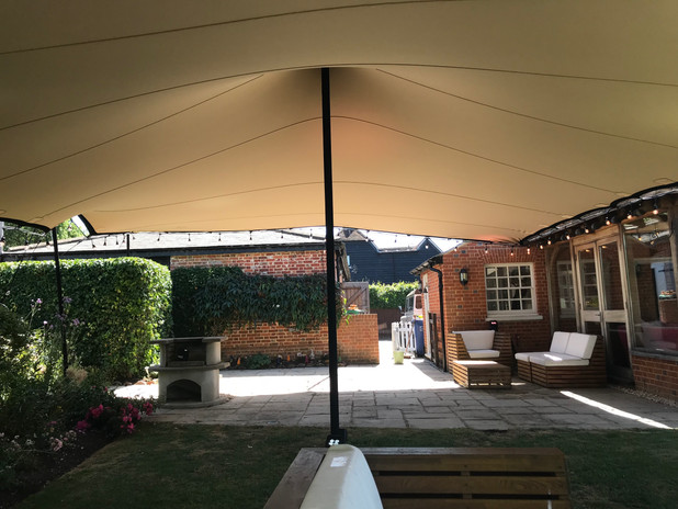 Party tent sunningdale/sunninghill