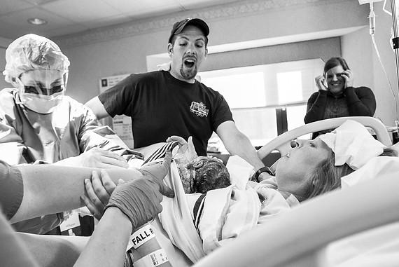 muncie birth newborn photographer.jpg
