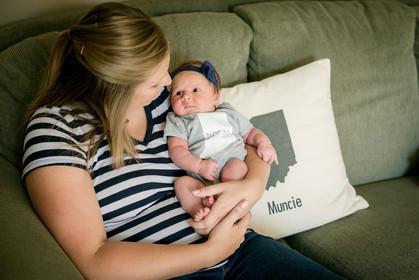 muncie indianapolis newborn documentary photographer