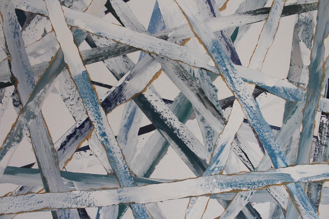 DETAIL CROSSED BLUE 1