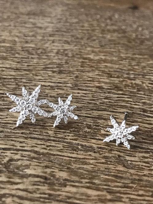 Par brincos prata e zircônia, estrela dupla + estrela única