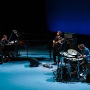 """Antonio Loureiro Trio no festival """"The Piano Era"""" 2019 no Meguro Persimmon Hall na cidade de Tokyo, Japão (01/12/2019)"""