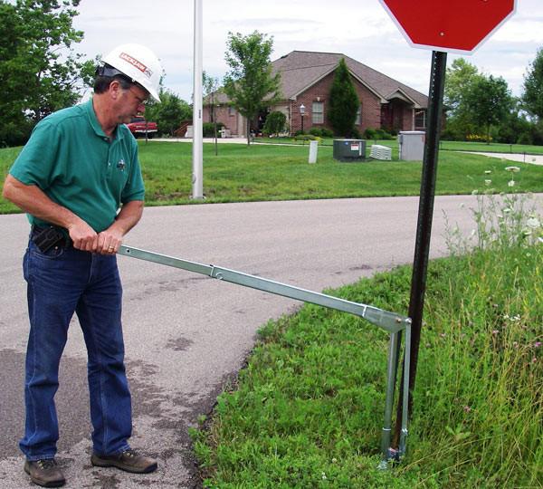 JackJaw Sign Post Puller