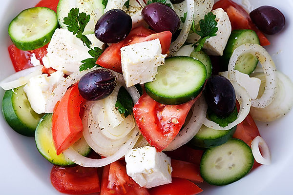 greek-salad-or-horiatiki.jpg