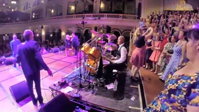 Dave Finnegan's Commitments​ Hull Town Hall - Mustang Sally