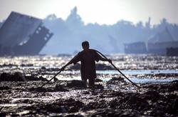Shipbreaker hauling cable