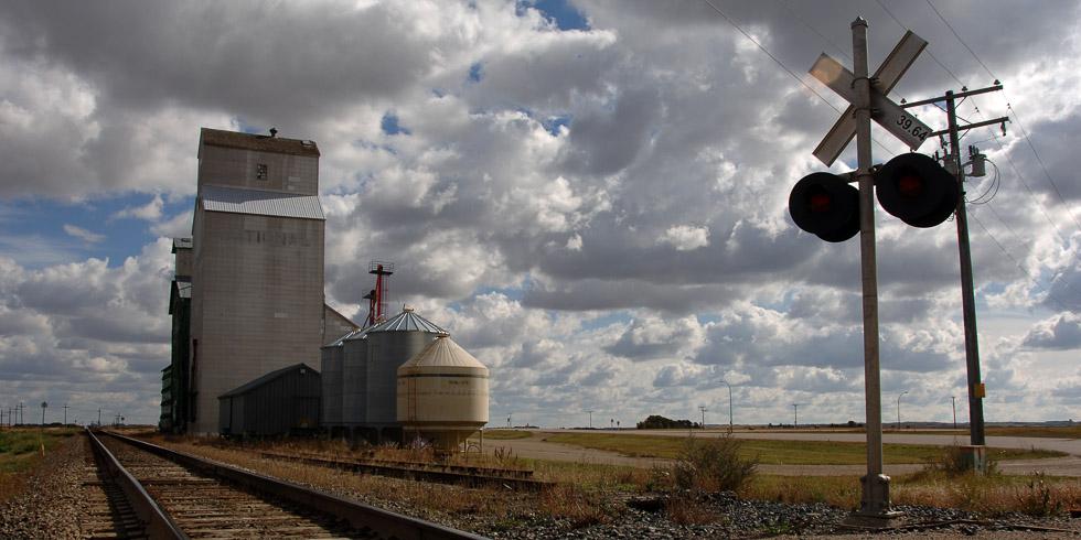 Grain silos, Canada