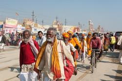 Pilgrims arriving at the Kumbh Mela