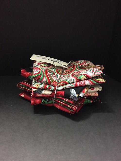 6 FQ Christmas Fabrics