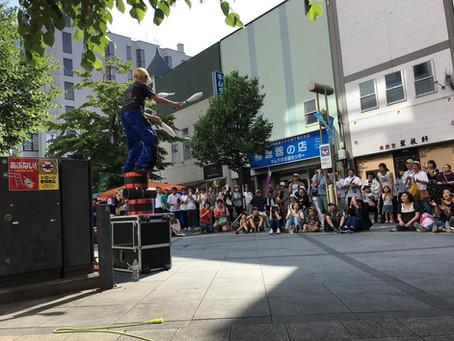小樽で開催されたお祭りに大道芸人千里を派遣いたしました